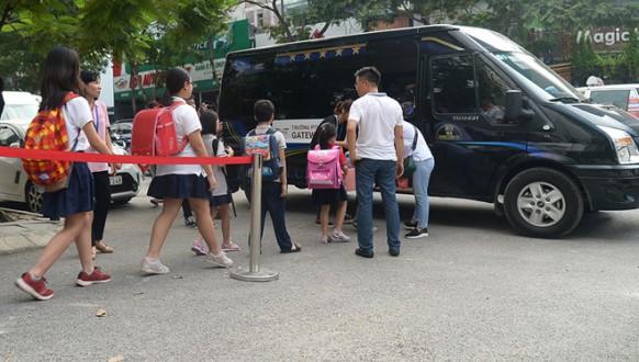 Giải pháp kiểm soát học sinh, chống bỏ quên học sinh trên xe đưa đón